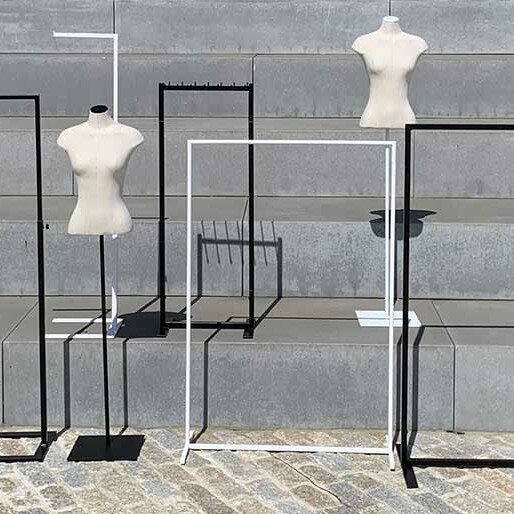 Clothing Racks - Winkelrekken